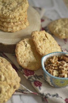 Galletas de Avena y Nueces | CON HARINA EN MIS ZAPATOS Sweet Recipes, Healthy Recipes, Brunch, Cute Cupcakes, Empanadas, Sin Gluten, Deserts, Muffin, Tasty