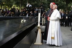 Pope Francis says blessing at the South Pool of the 9/11 Memorial / Sept. 25, 2015 / Photo: Jin Lee