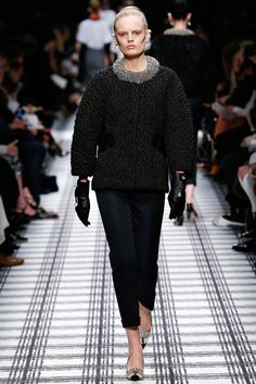 Balenciaga - Aleander Wang has got a handle on how to design for both his own and the Balenciaga brand. This collection was stunning, regal, and a collection that can appeal to multiple generations of Balenciaga's consumers. thestyleweaver.com Fall 2015 Ready-to-Wear