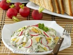Tojásos reteksaláta, petrezselymes majonézzel recept Vegan Vegetarian, Potato Salad, Cake Recipes, Salads, Food And Drink, Potatoes, Meat, Chicken, Ethnic Recipes