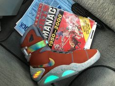 MACHE recently made Anthony Davis his own pair of Nike MAGs! See more via the link in our bio! by nicekicks Nike Air Mag, Custom Sneakers, Custom Shoes, Nike Shoes, Shoes Sneakers, Expensive Shoes, Anthony Davis, Basketball Shoes, Basketball Room