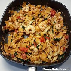 Krewetki ze szpinakiem i czosnkiem na białym winie - Mocne Kalorie Pasta Salad, Foods, Ethnic Recipes, Fitness, Diet, Crab Pasta Salad, Food Food, Food Items