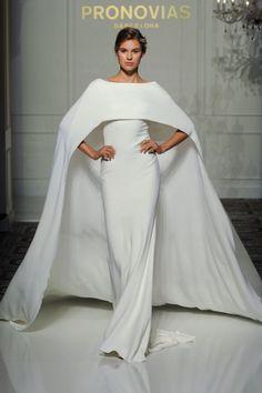 087df96bc35d8 35 idées de robes de mariées originales