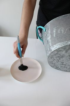 Stencilling Tips for Stencilling on Wood, Fabric, Concrete + More - Makely Painting Lamps, Stencil Painting, Stenciling, Rock Painting, Stencil Decor, Stencil Wood, Homemade Stencils, Woodworking Items That Sell, Cricut Stencils