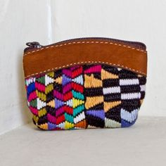Geometric handwoven & nubuck change purse - sweet! **Altiplano