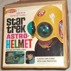 Star Trek Astro Helmet by Remco Retro Toys, Vintage Toys, Vintage Space, Gi Joe, Star Trek Party, Star Trek Toys, Star Trek Episodes, Ideal Toys, Space Toys