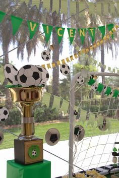 Soccer Theme Parties, Soccer Party, Party Themes, Birthday Cup, 10th Birthday, Birthday Parties, Candy Bar Party, I Party, Basketball Baby Shower