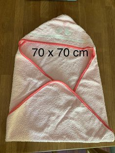 blanc taille 100/x 100/cm Smithy/® Serviette /à capuche//Cape de bain//Serviette /à capuche pour b/éb/é Nuage