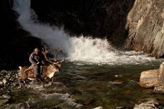 With his Taiga project, photographer Hamid Sardar-Afkhami, living in Nepal for over ten years, decided to explore the wide steppes of Mongolia to document the life of the Dukha tribe, the reindeer people.