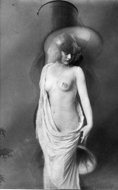 Statue of Sense © GelsoNero