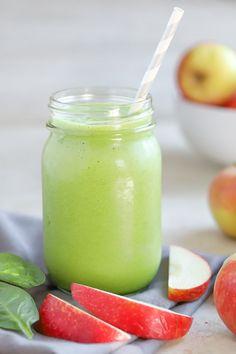Baby Smoothies, Veggie Smoothies, Smoothie Prep, Apple Smoothie Recipes, Apple Smoothies, Clean Eating Snacks, Healthy Snacks, Healthy Recipes, Pork Recipes