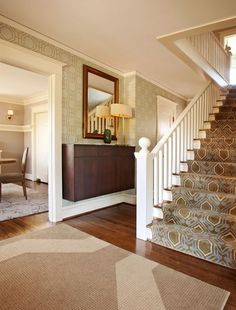 foyer layout and staircase- not colors