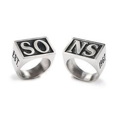 Sons of Anarchy Jax SONS Officially Licensed Replica Ring Cafe Racer Style, Sons Of Anarchy, Biker Style, Free Gifts, Rings For Men, Wedding Rings, Engagement Rings, Jewelry, Iphone