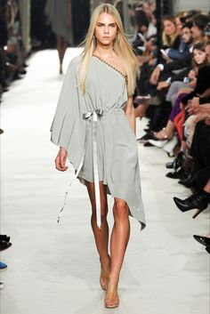 Sfilata Alexis Mabille Parigi - Collezioni Primavera Estate 2015 - Vogue