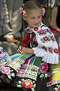 Łowicz - Polish folklore, a great color inspiration