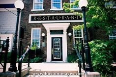 Inn on the Twenty Restaurant Great Places, Lincoln, Ontario, The Twenties, Restaurants, Mansions, Live, House Styles, Outdoor Decor
