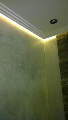 Volimea Beton Mit Silber Lasur Veredelt. Das Besondere In Diesen Gäste WC  Indirekte Beleuchtung