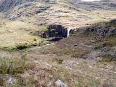 """Na região de Lapinha Da Serra, deparamos com esta maravilha chamada """"Cachoeira do Bicame"""""""