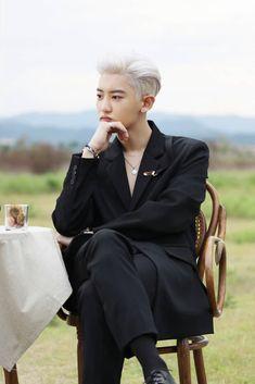 Chanyeol - 세훈&찬열 '부르면 돼 (Closer to you)' MV Behind the Scenes Baekhyun, Park Chanyeol Exo, Exo Exo, Kai, Exo Ot12, Chanbaek, Chansoo, Rapper, Exo Album