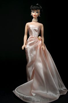 Vintage repro ponytail Barbie wearing Enchanted Evening, reproduced in Barbie Gowns, Barbie Dress, Barbie Outfits, Classic Outfits, Casual Outfits, Vintage Barbie Clothes, Vintage Dress, Beautiful Barbie Dolls, Little Doll