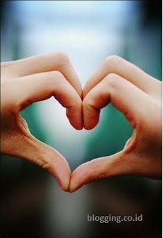 UNCP NURMAYASARI  BLOG'S: ciri-ciri cinta sejati