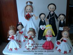 Fofucha wedding *** pic only just for ideas*** Creative Area, Wedding Crafts, Cross Stitching, Eat Cake, Cake Toppers, Projects To Try, Diy Crafts, Clays, Christmas Ornaments