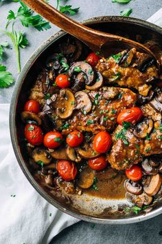 Drunken Chicken Marsala with Tomatoes - a surprisingly simple meal with pan-fried chicken, buttery mushrooms, vibrant tomatoes, and a flavorful Marsala wine sauce. ♡