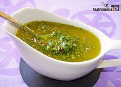 Salsa de limón y perejil para pescado (Lime and Parsley Salsa for Fish) Sauce Recipes, Fish Recipes, Mexican Food Recipes, Cooking Recipes, Healthy Recipes, Chutney, Dips, Salsa Recipe, Barbacoa