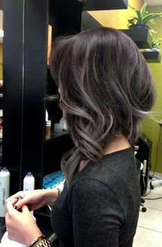 The grey hair color trend has taken the internet by hurricane. In this gallery you will find 25 New Gray Hair Color ideas that you can accomplish the granny hair look and join in the latest fashion trend! Hair Color And Cut, Hair Highlights, Black Hair Grey Highlights, Great Hair, Balayage Hair, Gray Balayage, Hair Today, Gorgeous Hair, Dark Hair