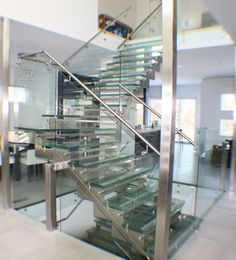 Let's introduce you to a monopoly that's actually making the world a better place: DIY steel balustrades and their fast-spreading impact on modern home remodel. It's a revolution for home designers and craftsmen alike: http://qoo.ly/hbbmh
