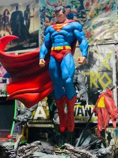 Mundo Superman, Superman Comic, Superman Tattoos, Superman Wonder Woman, Superbat, Batman Universe, Dc Comics Art, Drawing Poses, Supergirl