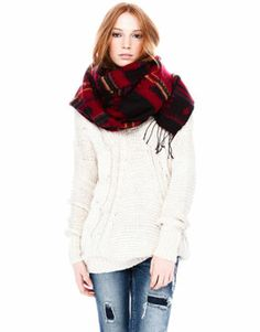 SCARVES AND FOULARDS - WOMAN - Pull&Bear Hungary