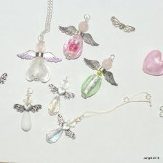 Easy angel pendants tutorial, beaded jewellery tutorials, beginner jewelry making. 6 more tutorials on this blog. Free to use.