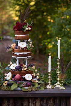 fall wedding cake | Meredith Ryncarz Photography | Glamour & Grace