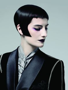 The Dandies takes the traditions of barbering and infuses them with a contemporary energy and verve creating a modern androgyny when boys' cuts appear. Edgy Haircuts, Funky Hairstyles, Hair Inspo, Hair Inspiration, Short Hair Cuts, Short Hair Styles, 1920s Hair, Hot Hair Colors, Creative Hairstyles