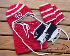 DETROIT RED WINGS Crocheted Baby Hockey Hat, Pants, Socks and Skates Set with Players Number Preemie/ Newborn/ 0-3 or 3-6 Months