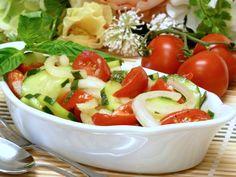 Balsamic Vinegar Perks Up Summer Tomato Cucumber Salad: Balsamic Tomato Cucumber Salad Recipe