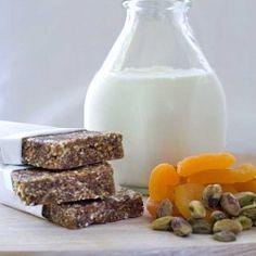 Gluten Free Pistachio Fruit Breakfast Bars - Easy Fast Breakfast for those on the go!