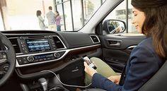 Toyota Highlander Interior & Exterior Photos