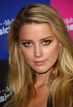As pretty a she is, the fact that she worships Ayn Rand, makes Amber just a little ugly regardless Cute Beauty, Beauty Full Girl, Beauty Women, Beauty Girls, Amber Heard Hot, Amber Head, Gorgeous Blonde, Mode Outfits, Beautiful Actresses