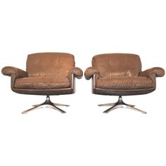 Set of Two Vintage 1970s de Sede DS 31 Lounge Armchairs | From a unique collection of antique and modern armchairs at https://www.1stdibs.com/furniture/seating/armchairs/