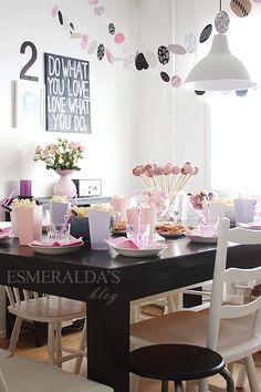 pink+black+white