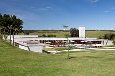DOMO arquitetos associados: clubhouse alphaville brasília - where might one sign up to such a club?