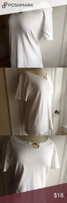 Not-So-Plain White T 100 percent cotton tailored top with silver-tone