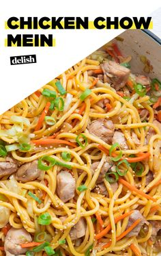 This Chicken Chow Mein = Serious Hangover Helper Than Take-OutDelish chow mein recipe chinese food This Chicken Chow Mein = Serious Hangover Helper Asian Recipes, New Recipes, Dinner Recipes, Cooking Recipes, Favorite Recipes, Oriental Recipes, Oriental Food, Delicious Recipes, Tasty
