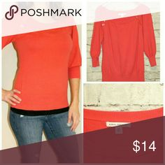 """Banana Republic Coral 3/4 Sleeve Sweater Sweater with Button Detail and 3/4 Sleeve  Size: M   Measurement: Chest: 17""""  Length: 25""""  Sleeve: 18"""" Banana Republic Sweaters Crew & Scoop Necks"""