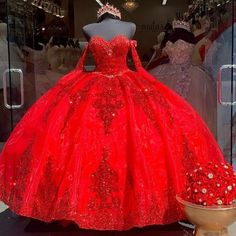 Quince Dresses Mexican, Mexican Quinceanera Dresses, Quinceanera Ideas, Rose Gold Quinceanera Dresses, Quinceanera Planning, Quinceanera Decorations, Sweet 15 Dresses, Ball Gowns Prom, Red Ball Gowns