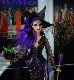 Barbie Halloween, Halloween Fashion, Diy Fashion, Fashion Dolls, Bjd, Barbie Miss, Poppy Parker, Barbie Clothes, Barbie Gowns