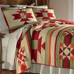 Create a striking bedroom ensemble with our Southwestern patchwork quilt. The rich, warm colors of the American Southwest take center stage on this traditional patchwork quilt. Southwestern Blankets, Southwestern Home, Southwestern Decorating, Southwest Decor, Southwest Style, Southwestern Fabric, Native American Blanket, American Quilt, Indian Quilt