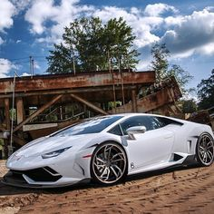 """""""Huracan sitting on some wheels –––––––––––––––––––––––––––––– Follow 